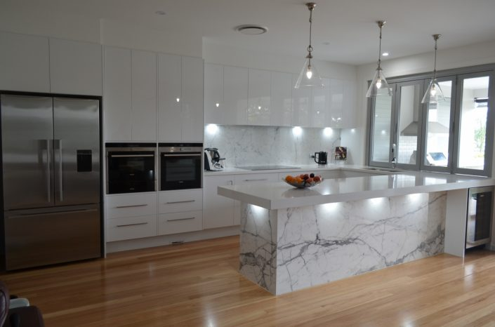Kitchen cabinet manufacturers Redlands