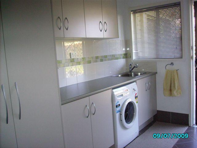 Custom Laundry Cabinet Maker