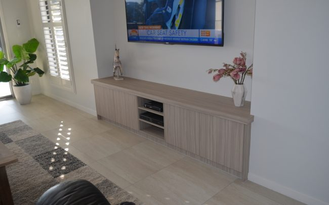 Cabinetry Maker Redlands5 650x406 - Entertainment Cabinetry